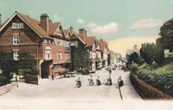 1015  -  High Street, Lyndhurst