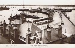 1931  -  The Pier, Southampton