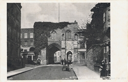 563  -  Winchester, The West Gate