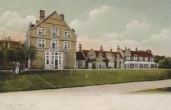1306  -  Barton Court Hotel