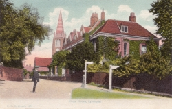 1438  -  Kings House, Lyndhurst