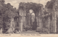 2047  -  East Window, Netley Abbey