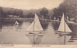 2048  -  Lake, Southampton Common